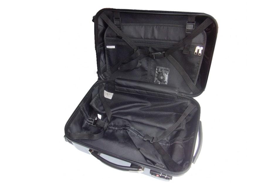 サムソナイトスーツケースを『収納スペースの機能で選ぶ』